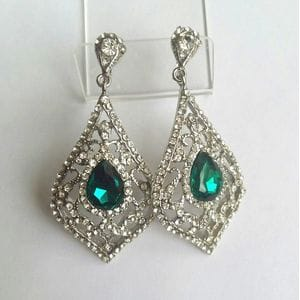 Серьги-люстры с зелеными кристаллами